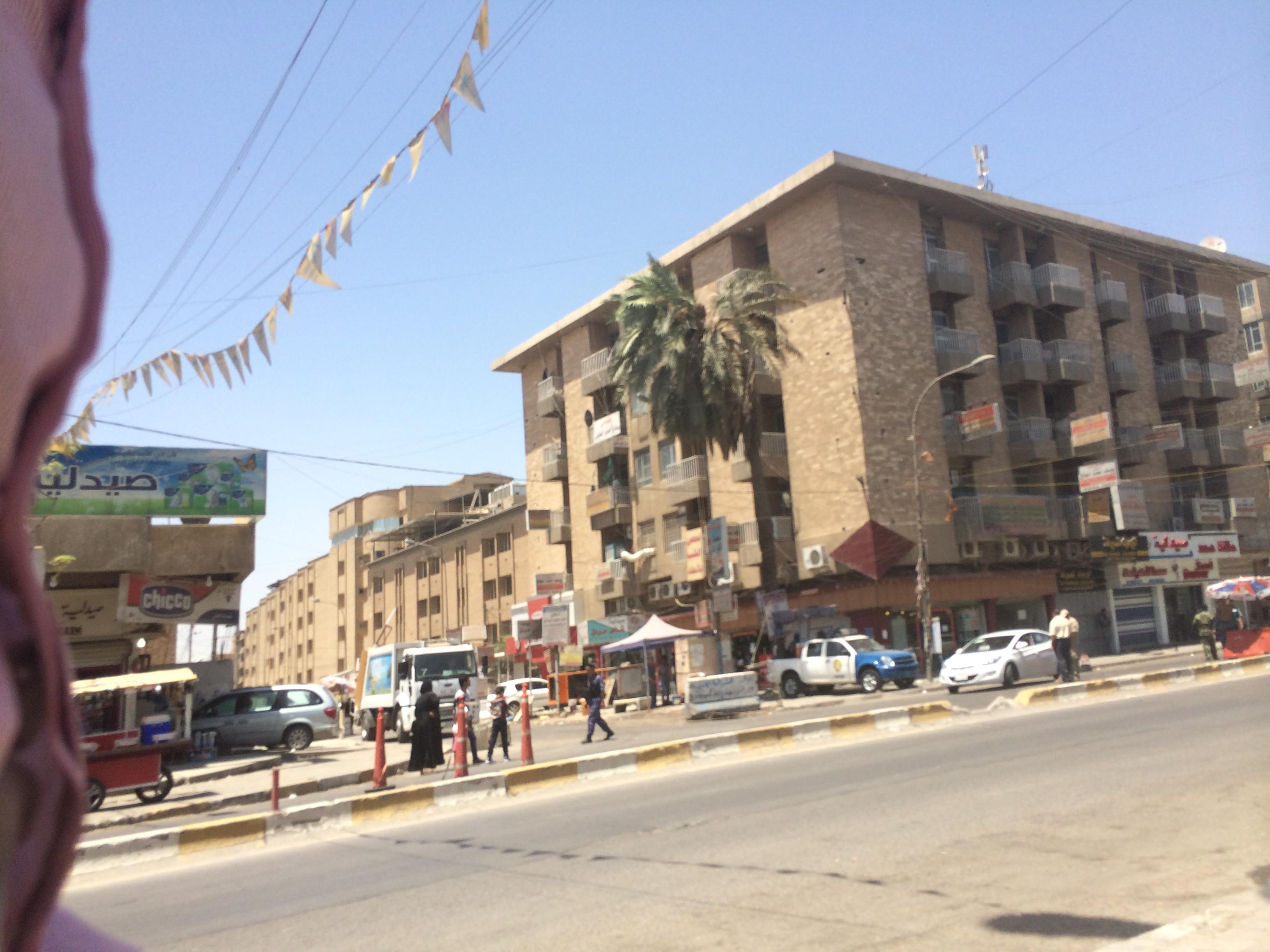 Bagdad, ce mercredi. On dénombre plus de 500 check-point rien que dans la capitale irakienne. Image : Intégrales Productions.