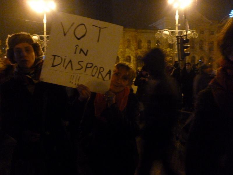 La rue appelle la diaspora. Photo : Sanda Gancevici, à Bucarest